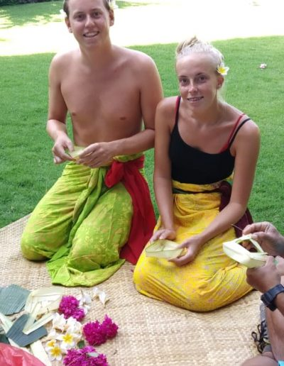 Making Balinese Offerings